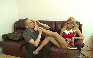 Blonde shemale Gianna Rivera licked and fucked by a dirty mendicant